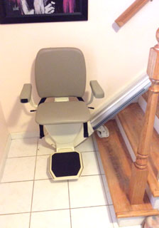 Merrett Stairlifts - Straight stairlift at bottom of steps